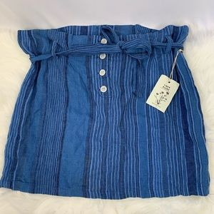 NWT Blue Striped Paperbag Linen Mini Skirt XL